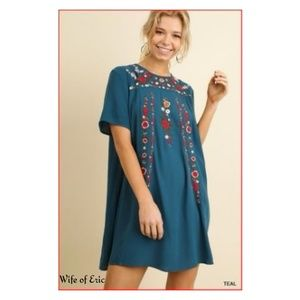 Umgee T-Shirt Dress with Embroidery in Teal